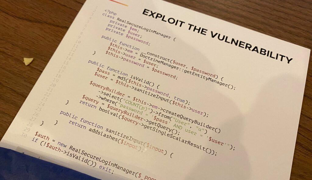 Een prijsvraag op PHPBenelux 2020 waarin wordt gevraagd in een PHP-codefragment een veiligheidsrisico aan te wijzen.